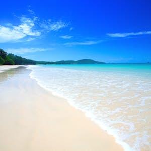 hvor er det varmt i februar thailand strand