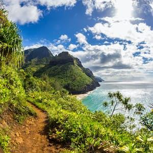 hvor er det varmt i februar hawaii kauai island