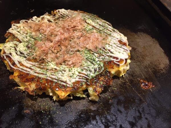 Japansk mad. Okonomiyaki.